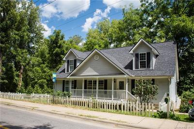 Asheville NC Single Family Home For Sale: $289,900