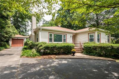 Midwood Single Family Home For Sale: 2541 Country Club Lane