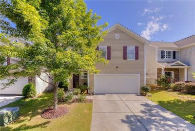 Charlotte Single Family Home For Auction: 536 Knothole Lane #228