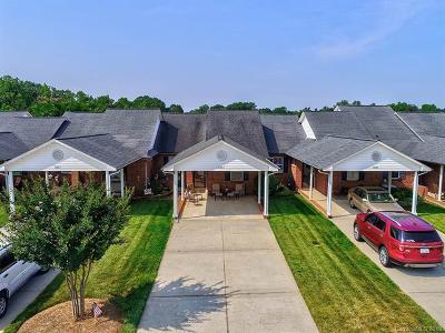 Lincoln County Condo/Townhouse For Sale: 3925 Jasmine Lane