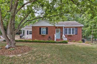 Single Family Home Under Contract-Show: 402 Laurel Court