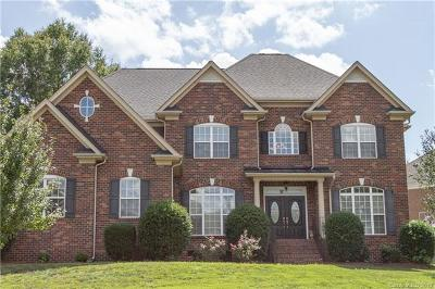Single Family Home For Sale: 2900 Divot Court