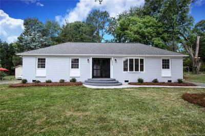 Charlotte Single Family Home For Sale: 5834 Red Carriage Lane