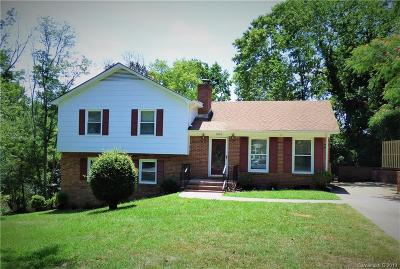 Charlotte Single Family Home For Sale: 7830 Old North Court