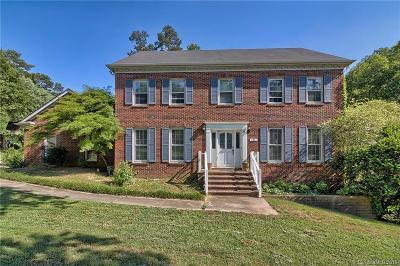 Matthews Single Family Home For Sale: 130 Chesney Glen Drive