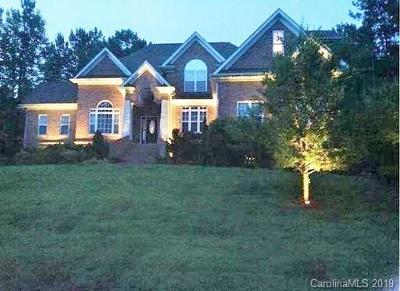Mooresville Single Family Home For Sale: 137 Northington Woods Drive