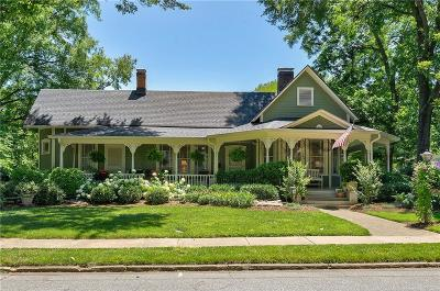 Catawba County Single Family Home For Sale: 364 6th Street NW