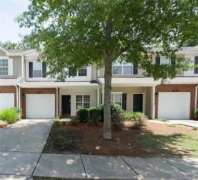 Condo/Townhouse For Sale: 11051 Dixie Hills Drive