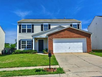 Charlotte NC Single Family Home For Sale: $229,995