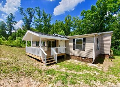 Statesville Single Family Home Under Contract-Show: 137 Silvermere Drive