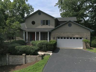 Hendersonville Single Family Home For Sale: 831 Sunlight Ridge Drive