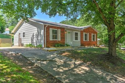 Buncombe County Single Family Home For Sale: 102 Wicklow Drive #194