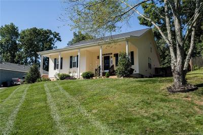 Charlotte Single Family Home For Sale: 4916 Cricklewood Lane