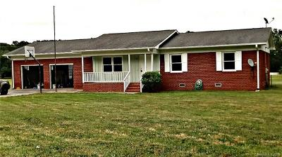 Polkton NC Single Family Home For Sale: $149,900