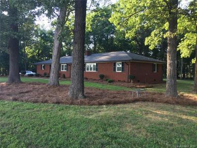 Monroe Single Family Home For Sale: 409 E Unionville Indian Trail Road