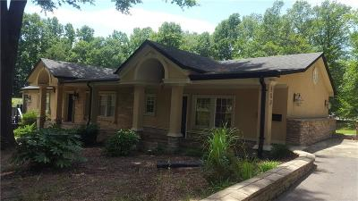 Catawba County Single Family Home For Sale: 809 3rd Avenue NW