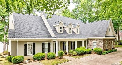 Matthews Single Family Home For Sale: 8126 Lake Providence Drive
