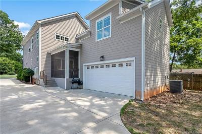Charlotte Single Family Home For Sale: 2904 Attaberry Drive