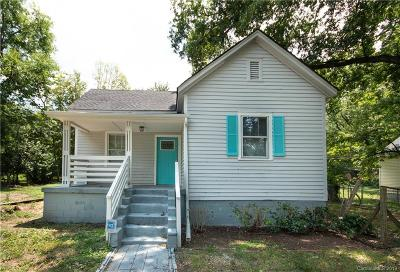Single Family Home Under Contract-Show: 313 S Cloudman Street
