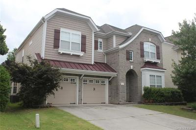 Single Family Home For Sale: 9421 Ridgeforest Drive