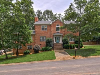 Charlotte Single Family Home For Sale: 5000 Ardenwoods Drive