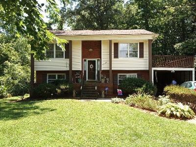Single Family Home For Sale: 8220 Willowlake Court