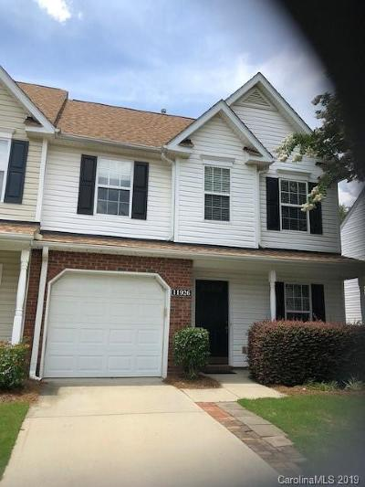 Charlotte Condo/Townhouse For Sale: 11926 Lambert Bridge Drive #End Unit