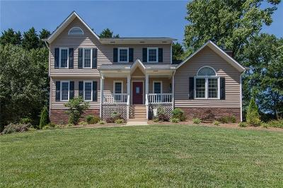 Catawba County Single Family Home For Sale: 941 30th Avenue Lane