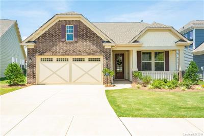 Charlotte Single Family Home For Sale: 7569 Short Putt Court