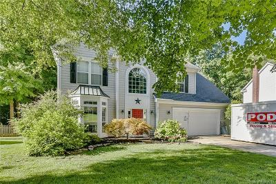 Single Family Home Under Contract-Show: 3011 Pinewood Hills Drive