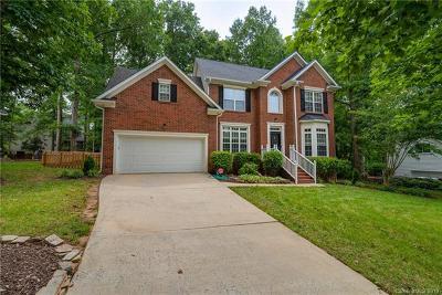 Single Family Home For Sale: 5240 Shannamara Drive