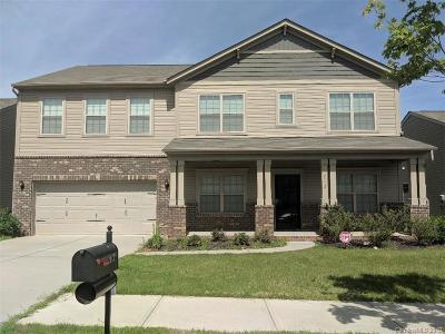 Charlotte NC Single Family Home Under Contract-Show: $295,000
