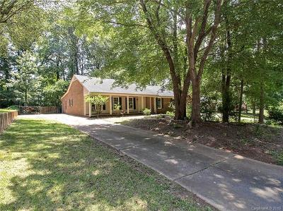 Matthews Single Family Home For Sale: 320 Neill Ridge Road