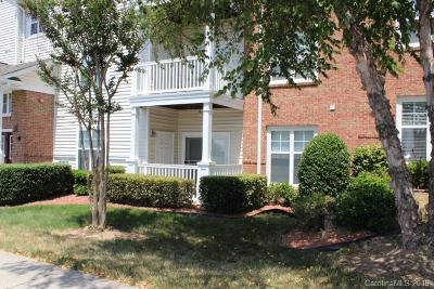 Condo/Townhouse Under Contract-Show: 9934 Hyde Glen Court