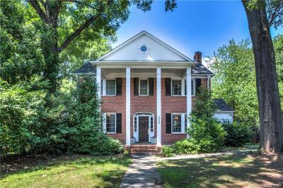Myers Park Single Family Home Under Contract-Show: 3020 Selwyn Avenue