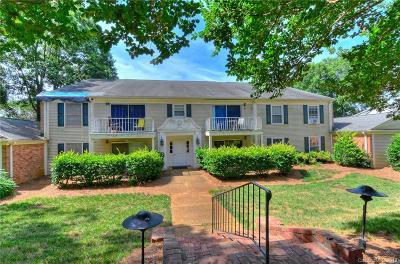 Charlotte Condo/Townhouse For Sale: 7033 Quail Hill Road