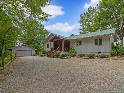 Transylvania County Single Family Home For Sale: 176 Harbor Cove Road