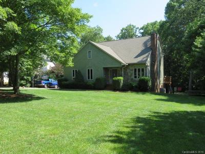 Mooresville Single Family Home For Sale: 120 Tall Oak Drive