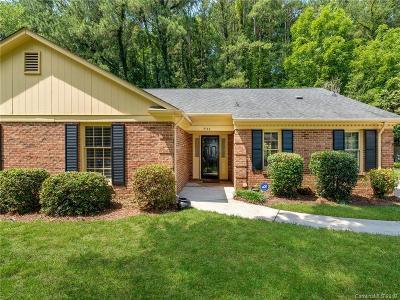 Charlotte Single Family Home For Sale: 5142 Red Cedar Lane