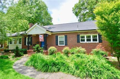 Charlotte Single Family Home For Sale: 1509 Richland Drive