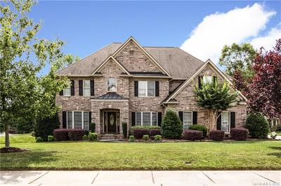Matthews Single Family Home For Sale: 2508 Flagstick Drive