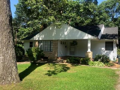 Hickory Single Family Home For Sale: 535 10th Street Drive NW