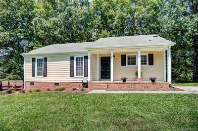 Mint Hill Single Family Home Under Contract-Show: 7113 Lancashire Drive