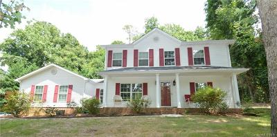 Huntersville Single Family Home For Sale: 101 Interlaken Place