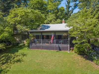 Buncombe County Single Family Home For Sale: 5 Stockbridge Place
