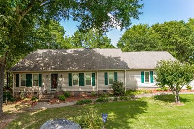 Harrisburg Single Family Home For Sale: 8475 Live Oak Road