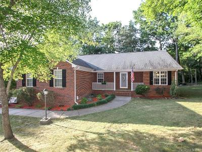 Waxhaw Single Family Home For Sale: 5904 Bryant Lane