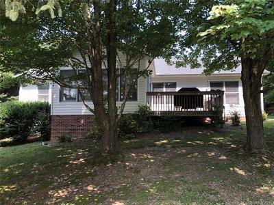 Hendersonville Single Family Home For Sale: 2330 Rosemont Court