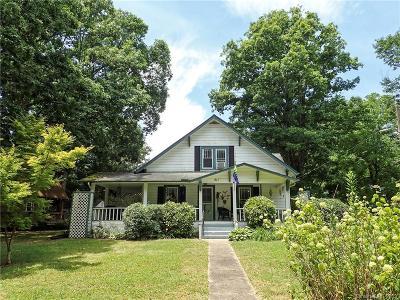 Hendersonville Single Family Home For Sale: 411 Stoney Mountain Road