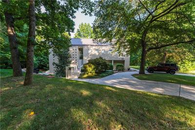 Charlotte Single Family Home For Sale: 1227 Jules Court